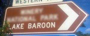 Brown sign for Lake Baroon