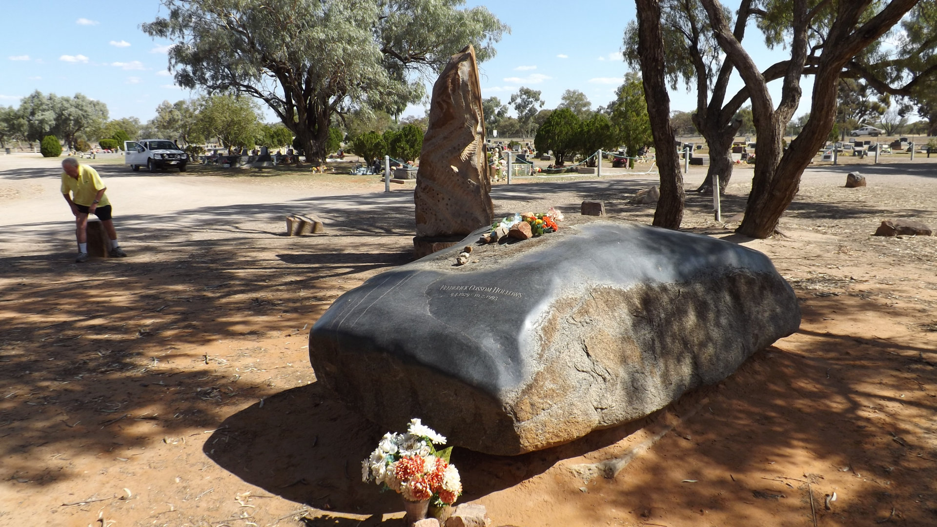 Fred Hollows grave site in the Bourke Historical Cemetery in Outback NSW. Fred Hollows was an ophthalmologist who is known for his work in restoring eyesight to countless people, in Australia and abroad.
