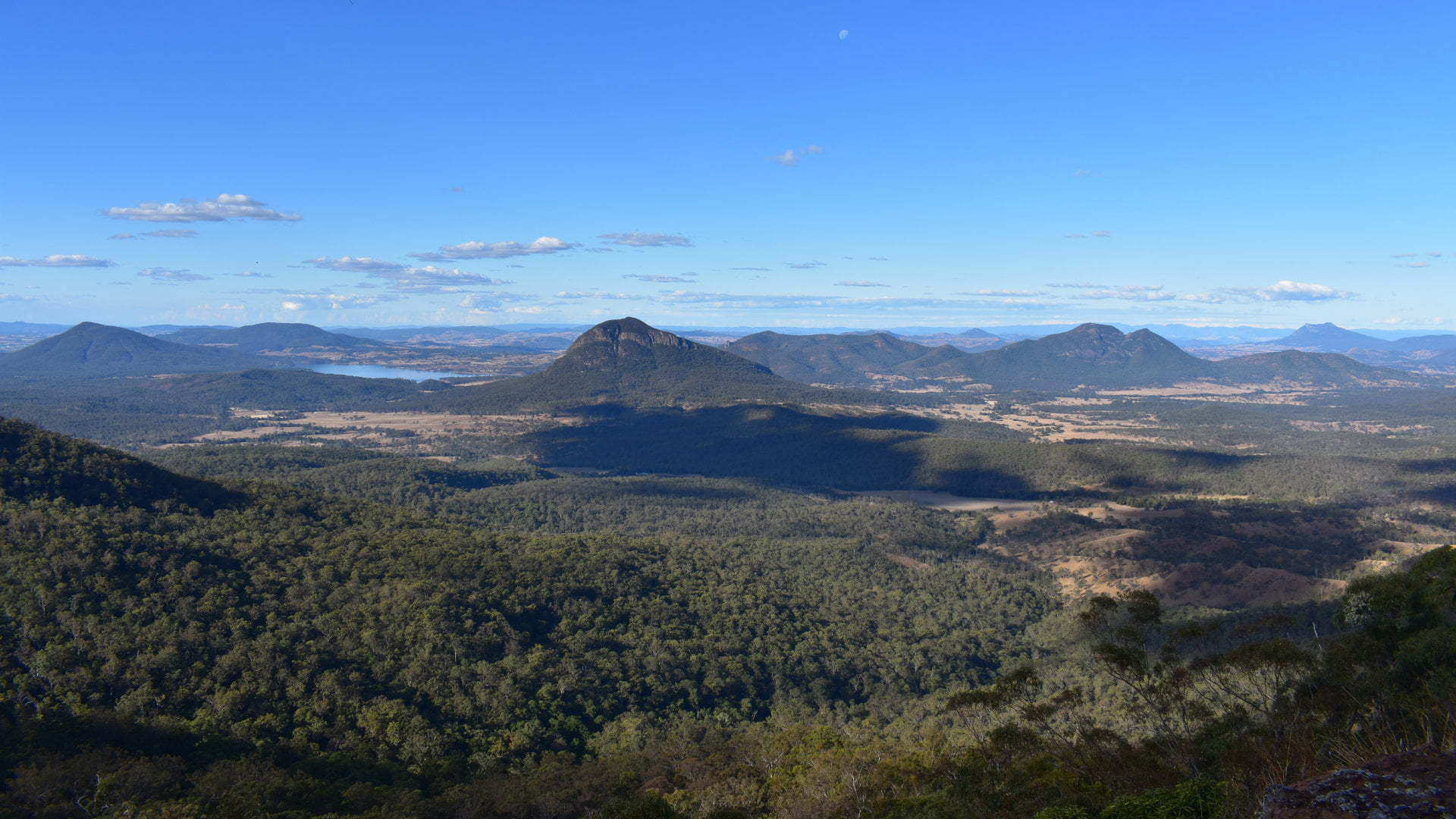 View from Governors Chair Lookout at Spicers Gap in the Main Range National Park
