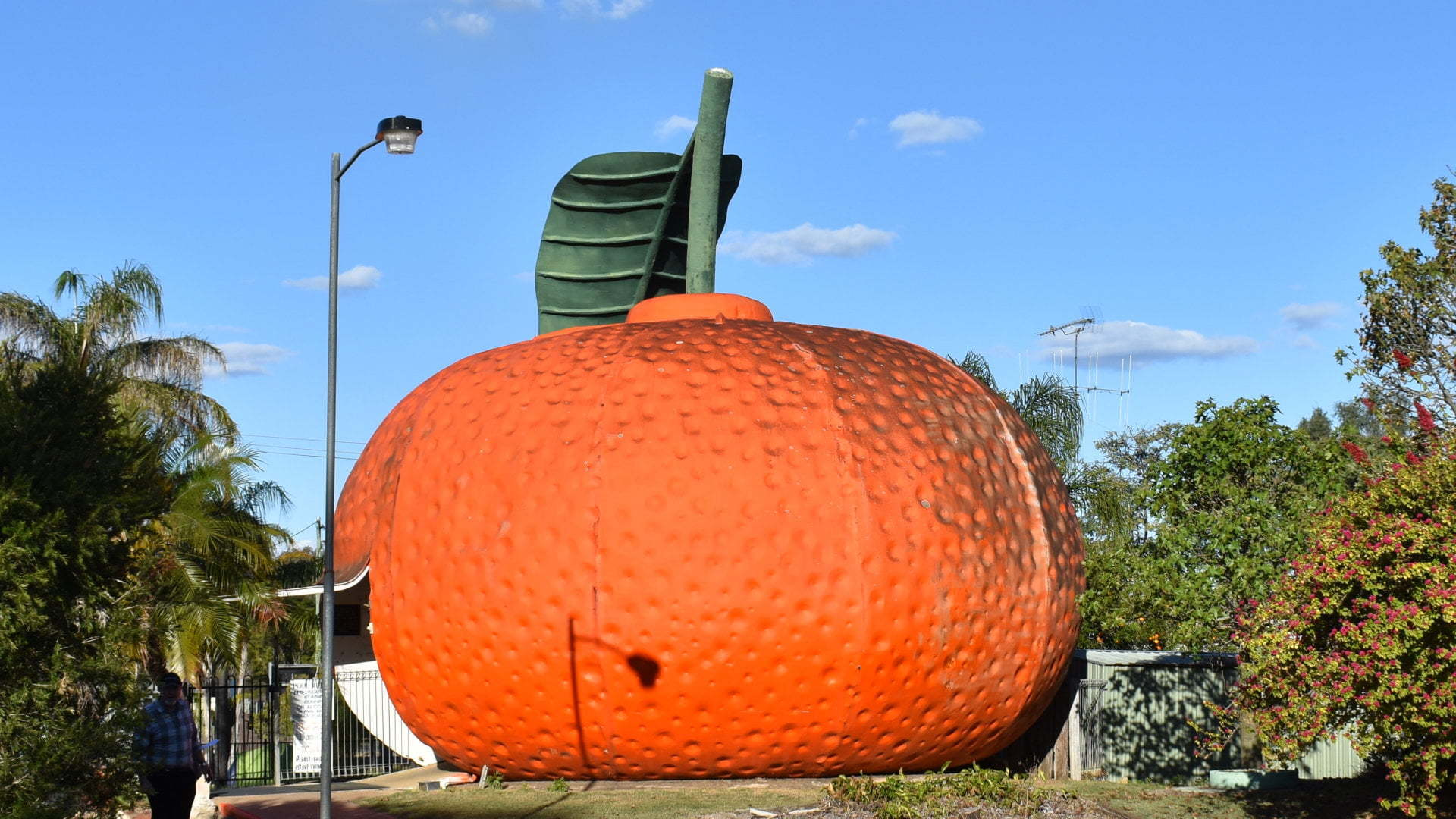 """Big Mandarin building, one of the """"big thing"""" attractions across Australia"""