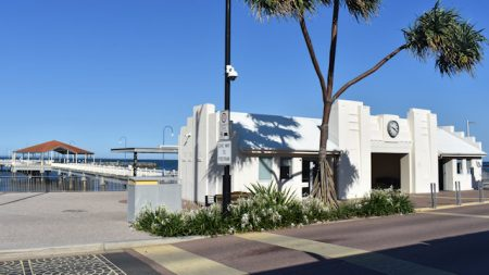 Entrance pavilion at Redcliffe Jetty, the jetty viewable behind it