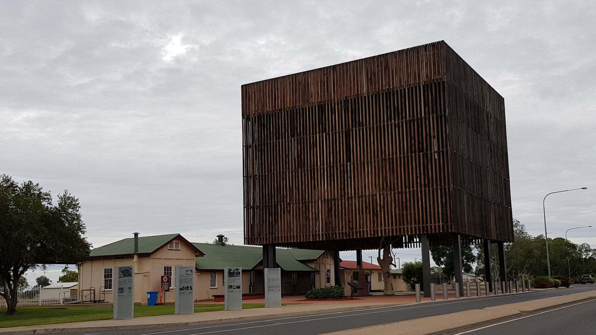 Memorial of the Tree Of Knowledge in the main street of Barcaldine
