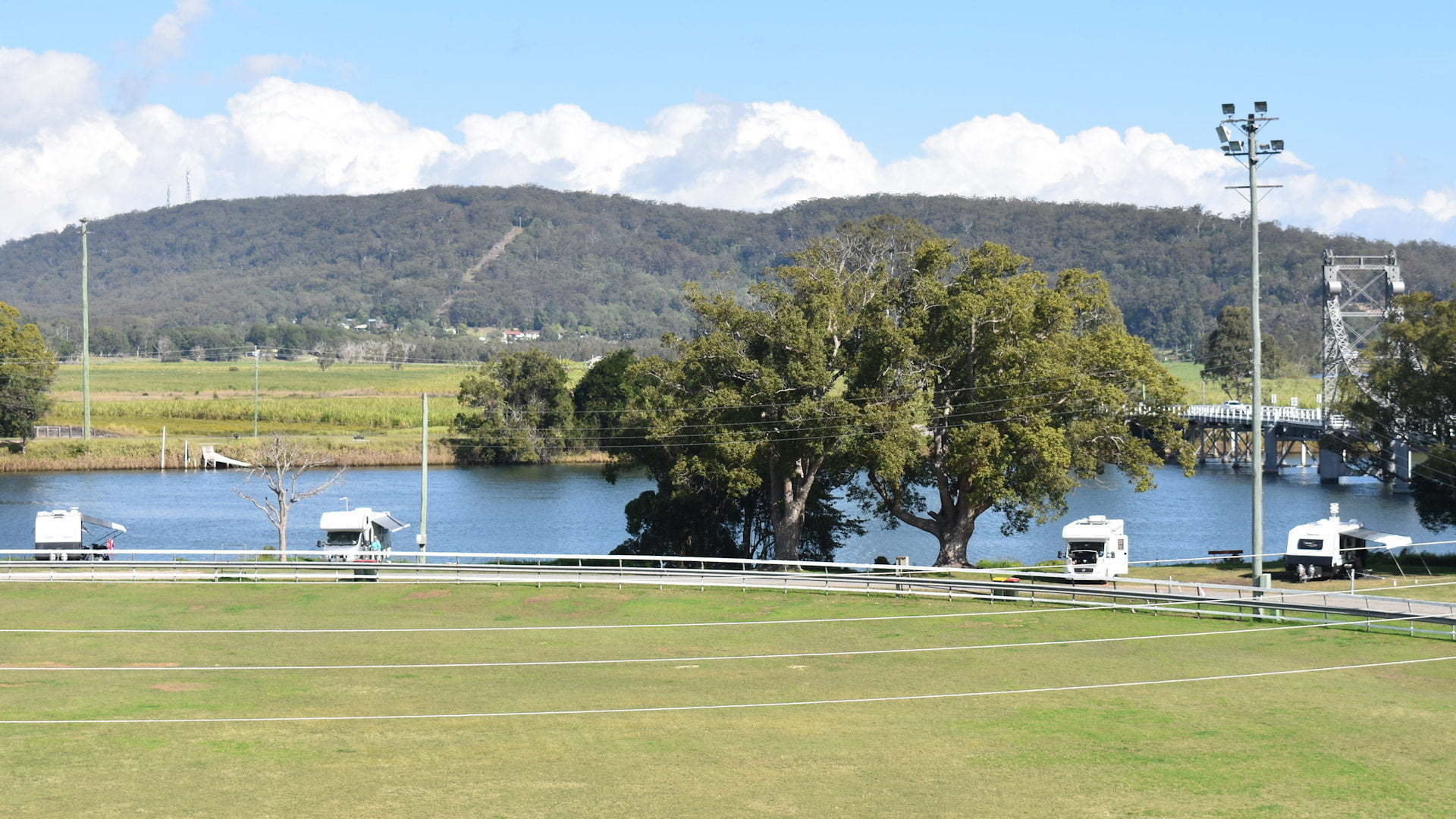 Maclean Showground Camping by the river banks of the Clarence River