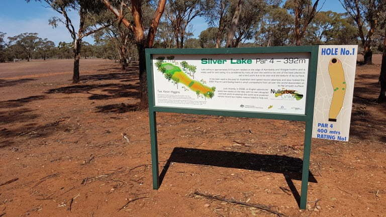 Nullarbor Links Golf Course Hole 16 Silver Lake