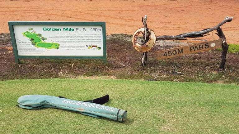 Nullarbor Links Golf Course Hole 17 Golden Mile