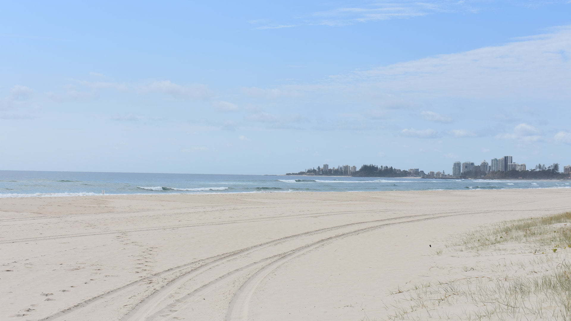 Bilinga Beach looking towards Coolangatta