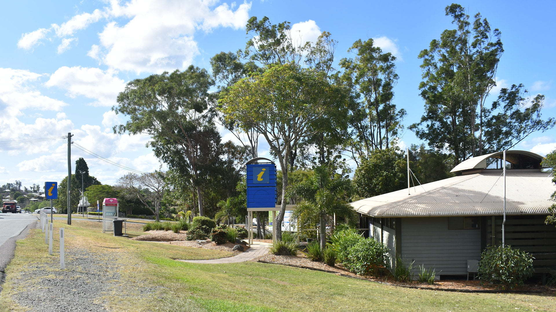 Gympie Region Visitor Information Centre at Lake Alford Recreation Area
