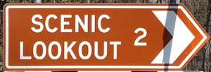 Brown sign for Scenic Lookout