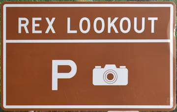 Brown sign for Rex Lookout
